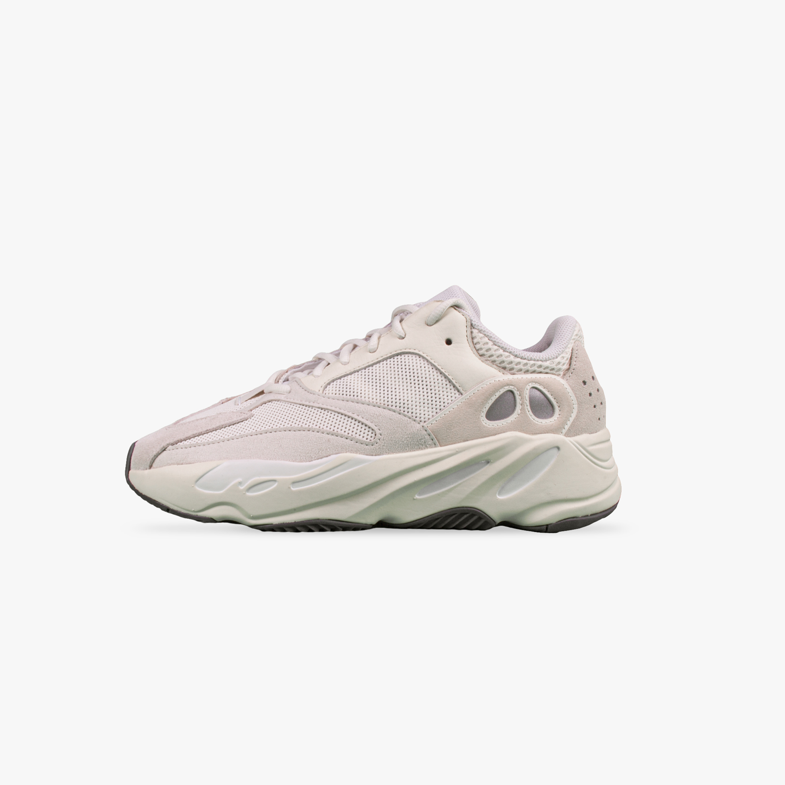 new arrivals 9d2a0 aeae1 Adidas Yeezy Boost 700